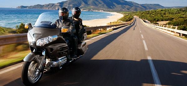 Appelez le service de moto taxi à tout moment