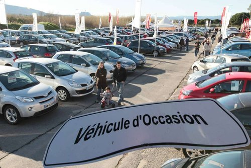 Les avantages de l'achat de véhicule d'occasion chez un concessionnaire
