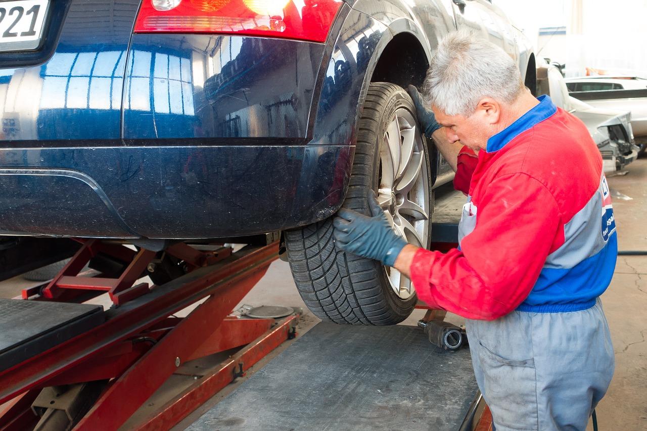 Les meilleures méthodes pour réussir l'entretien d'une voiture d'occasion