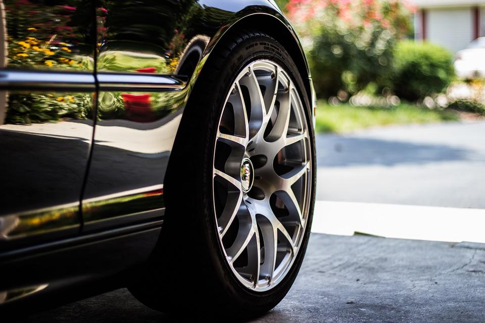 3 conseils pratiques pour bien choisir ses pneus