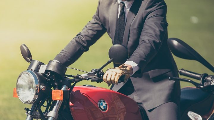 Pourquoi remplacer les durites de frein de sa moto?