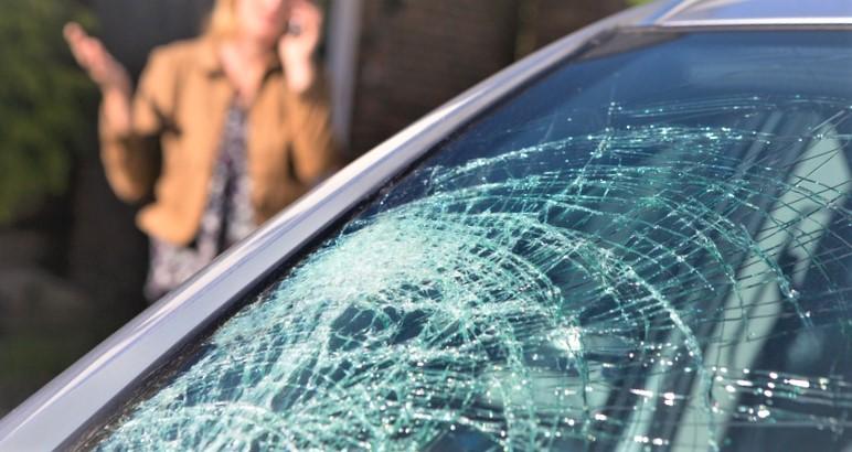 Que faire en cas de dommage sur le pare-brise sur votre véhicule ?